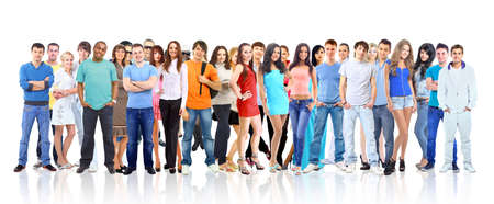 fila di persone: Gruppo di giovani. Isolati su bianco