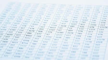 het controleren van saldo - voorbereiding van een balans Stockfoto