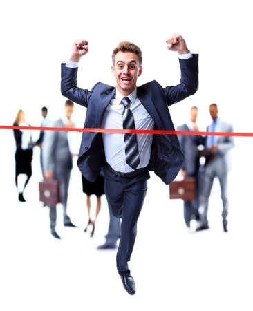 hombres corriendo: Hombre de negocios feliz corriendo a través de línea de meta