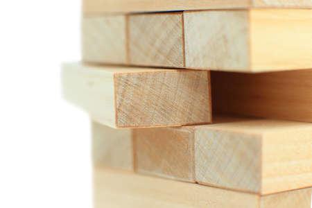 Der Turm aus Holzklötzchen