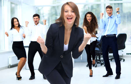 Happy Successful Business team at modern office 版權商用圖片 - 61520351
