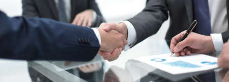 close up.handshake of business partners Zdjęcie Seryjne