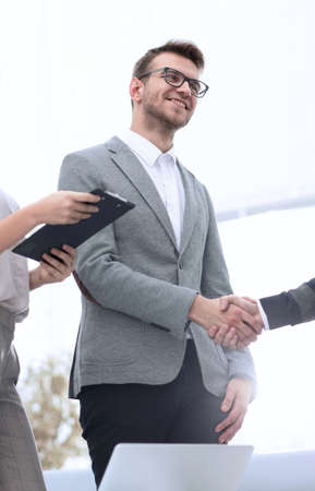 handshake between the Manager and the client