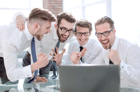 employees discuss ideas for a new business project