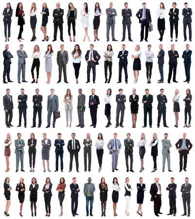 一列に立っている若いビジネスマンのコラージュ。白い背景に隔離された。