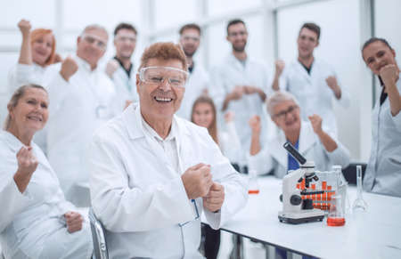 happy scientific supervisor and its working group in the workplace .