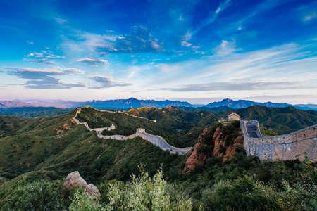 Lever du soleil à Jinshanling, grande muraille de Chine, Jinshanling, Beijing, Chine Banque d'images - 92144914