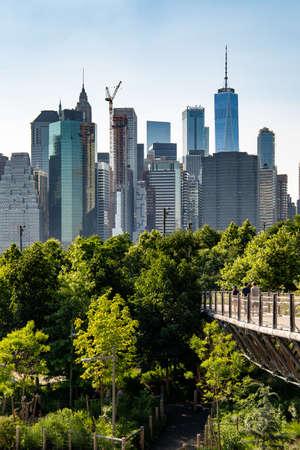 New York, City  USA - JUL 10 2018: Lower Manhattan skyline daylight view from Brooklyn Queens Expressway in Brooklyn Heights Redakční