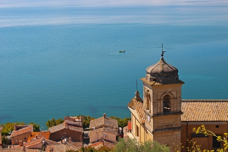 This is the Main Church of Trevigano Romano, a very nice and little village on the Bracciano Lake, near Rome, Italy  This shot has been taken in a clear, sunny day Standard-Bild