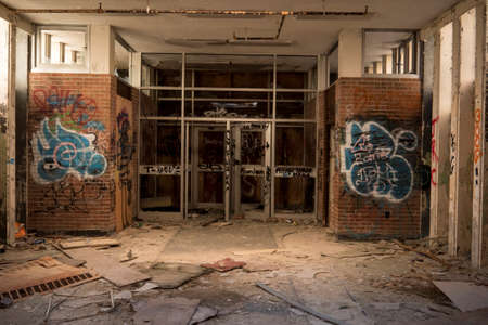 grime: Abandoned Building Entrance
