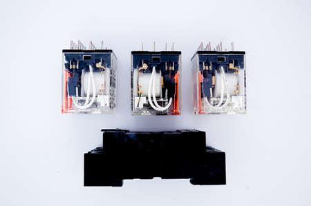 Relais mit Steckdose für Stromkreis Standard-Bild