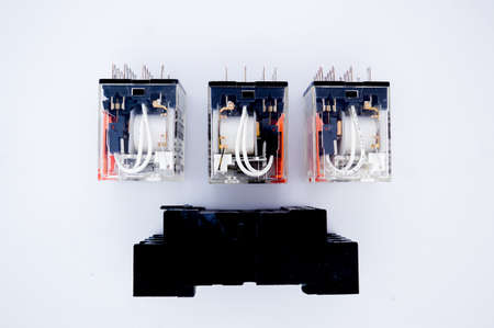 Relay with socket for electric circuit