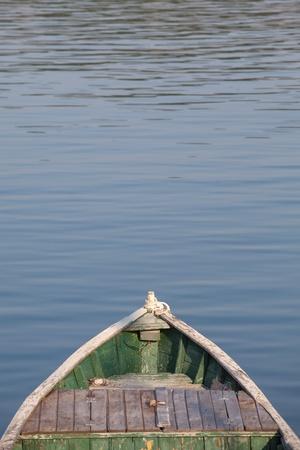 nariz: nariz del viejo barco de pesca Foto de archivo