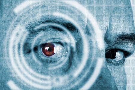 escaneo de la computadora desde el ojo