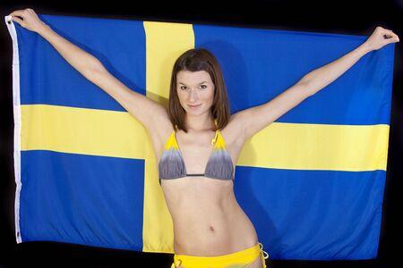 schweden flagge: beautiful Woman in Bikini mit Schweden Flagge