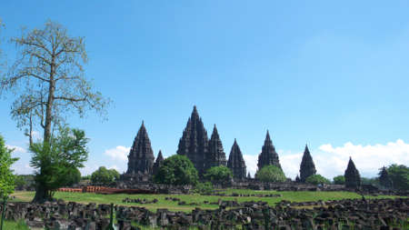 hindues: compuestos de templo de Prambanan - el m�s alto y m�s grande, m�s hermoso templo hind�es del mundo