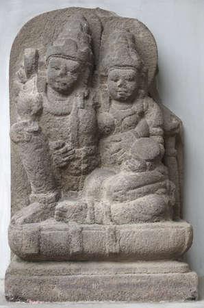 vishnu: Statue of Vishnu and Lakshmi