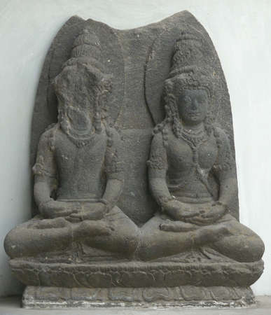vishnu: Statue of Vishnu and Lakshmi