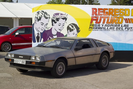 Mitico DeLorean coche de la pel�cula Volver al Futuro