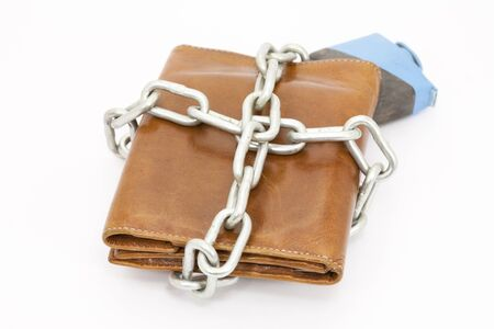 Wallet tied with string so that money does not leak photo