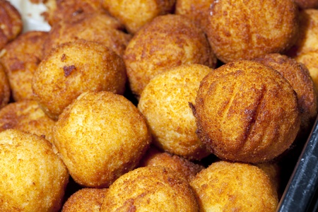 Potato balls stuffed with spicy meat