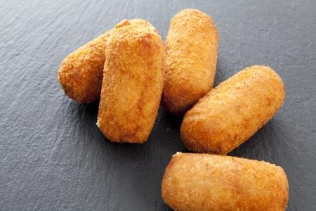 developed: Croquetas de jam�n y queso reci�n desarrollados