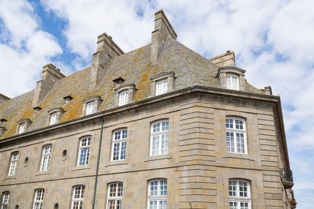 st malo: Le mura e le case di St Malo, in Bretagna, Francia