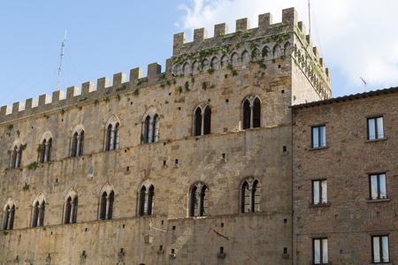 priori: Volterra town, medieval palace Palazzo Dei Priori landmark, Tuscany, Italy