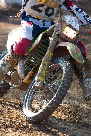 super cross: Primer plano de una moto de motocross