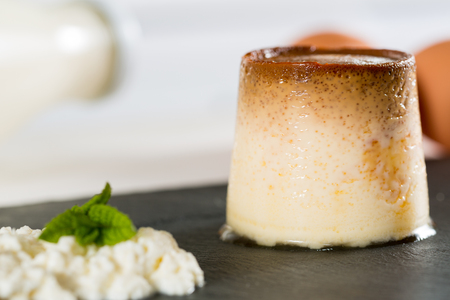 whim: Flan made with homemade and handmade with fresh cheese