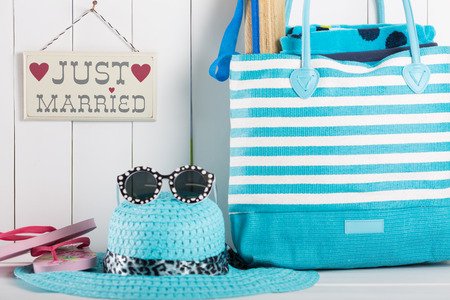 hobnail: Just married sign with things to go on vacation to the beach Stock Photo