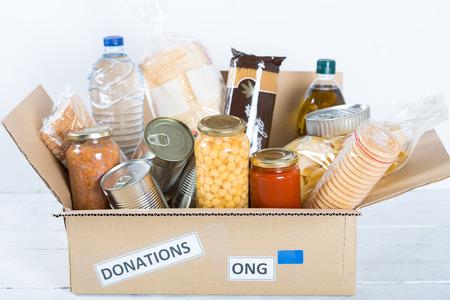 comida: La vivienda de apoyo o donación de alimentos para los pobres