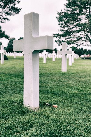 omaha: White crosses in American Cemetery, Coleville sur-Mer, Omaha Beach, Normandy, France.
