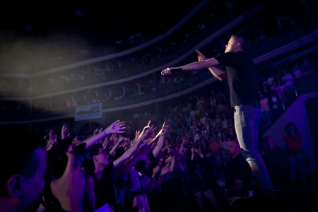 reynolds: Coliseu dos Recreios, Lisbon, Portugal - June 11, 2012 - Imagine Dragons performs live