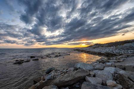 Stunning sunset at the Black sea. Relaxing horizontal view. 版權商用圖片