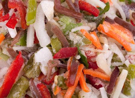 ?  ? carrot: Congelados vehículos de la mezcla chinos con setas hongo negro tiras de cerca. alimento de la dieta para una vida sana. Foto de archivo