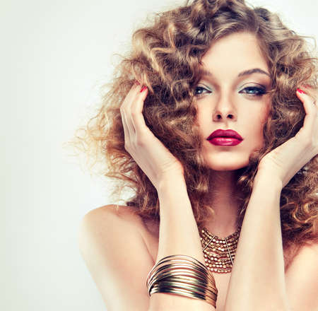 make up eyes: Model with curly hair