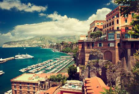 Sorrento plaats Italië cliff en het strand Stockfoto