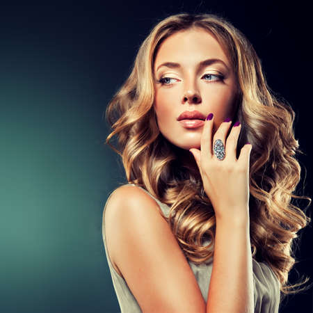 hair curlers: Luxury fashion style manicure cosmetics and makeup hair Stock Photo