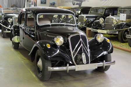 avant: Citroen Traction Avant