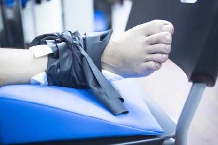 fisioterapia: Estimulación Fría utiliza para tratar el dolor, los músculos lesiones, esguinces y la tensión en fisioterapia del hospital clínica de rehabilitación médica para el paciente.