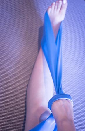 Pilates Stretching Bein Oberschenkel Fuß Achiles Sehnen Yoga ...