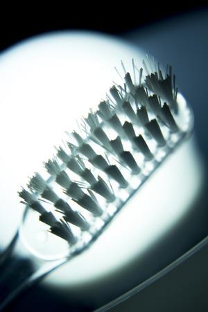 frescura: cabeza del cepillo dental manual tradicional para los dientes de limpieza, eliminación de la placa y el carnet de la higiene dental.