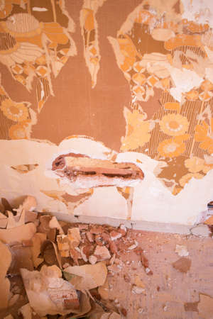 Building renovation works in appartment showing refurbishments works by builders to renovate walls. Foto de archivo