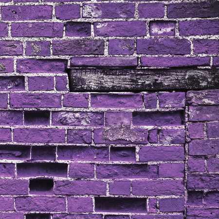 plinth: Purple brick wall background texture, with wooden plinth. Stock Photo