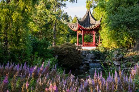 Traditional Japanese pagoda in park 版權商用圖片