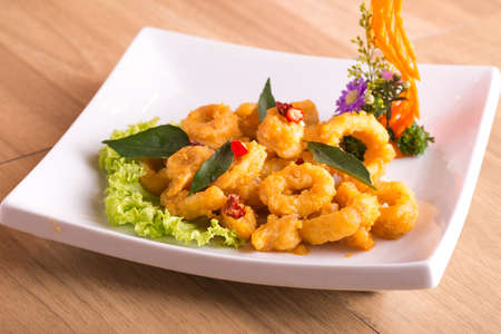Deep fried squid with salted egg