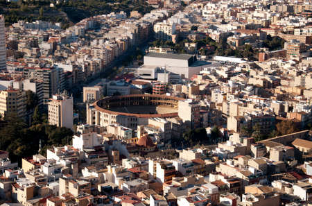 symboll: Vieuw of the city Alicante with the bullring