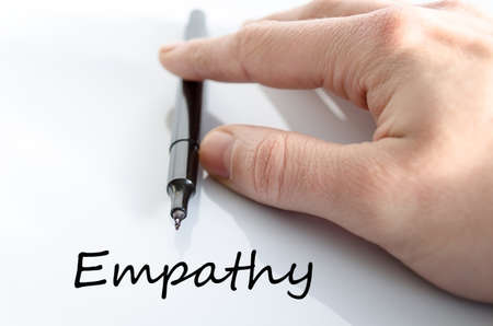empatia: Empatía concepto de texto aislados sobre fondo blanco