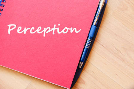 percepci�n: Perception text concept write on notebook with pen
